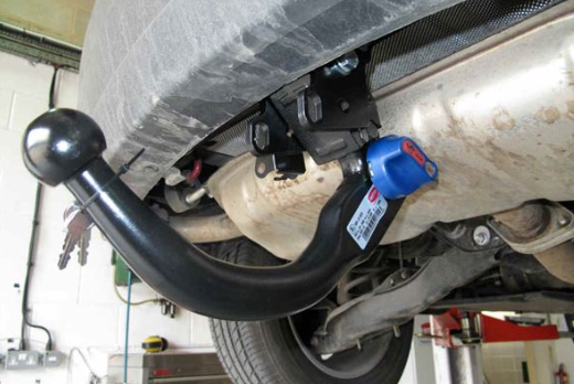 How to perform the towbar fitting process