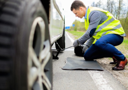 How to select an electric car roadside assistance provider company